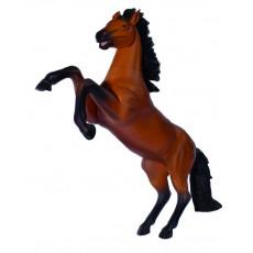 Скачущая коричневая лошадь